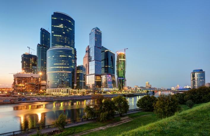 На башнях «Москвы-Сити» появятся медиафасады