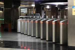 За метро теперь можно заплатить с помощью мобильного телефона