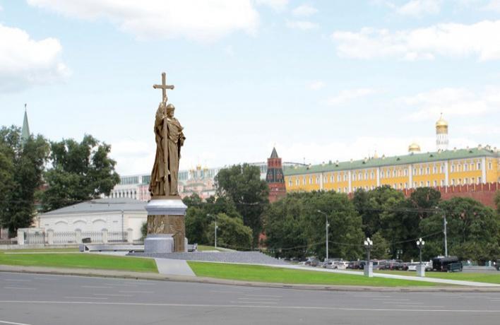 Памятник Владимиру поставят на Боровицкой площади