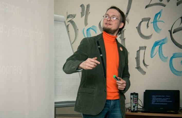 «Собянинское благоустройство – это адская машина»: социолог о том, как живут спальные районы