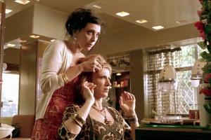Необычные процедуры для восстановления волос: тест редакции