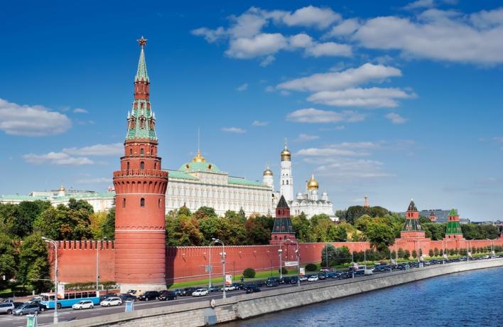 Двух немцев задержали за запуск дрона над Кремлем