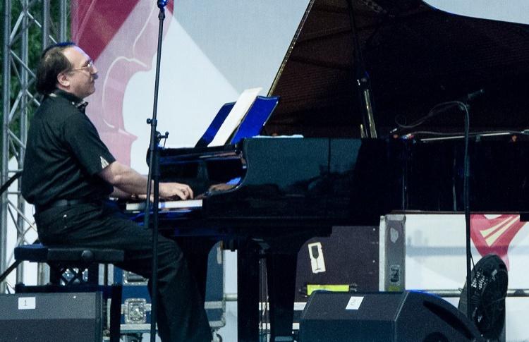 В Москве пройдет фестиваль уличных пианино