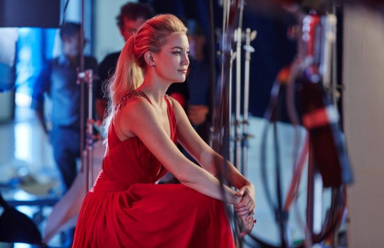 Kейт Хадсон стала звездой календаря Campari на 2016 год в «Кампании с горько-сладким вкусом»