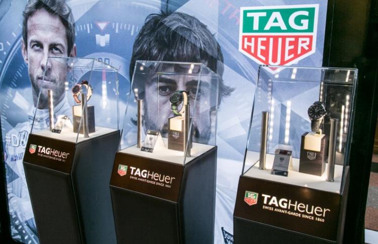 В ГУМе проходит выставка часового бренда TAG Heuer