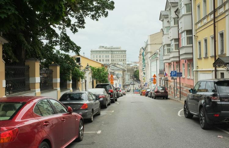 Москвичке прислали счет за парковку на 800 тысяч рублей