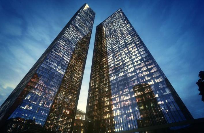 В «Москва-сити» достроили 85-этажный небоскреб