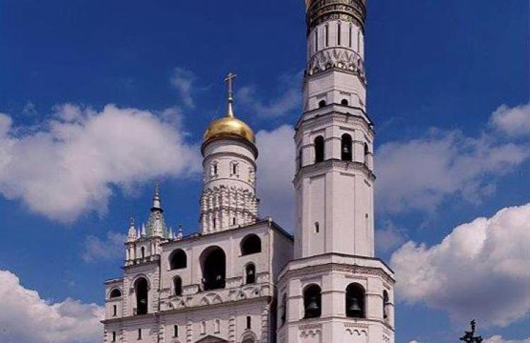 Успенская звонница Московского Кремля