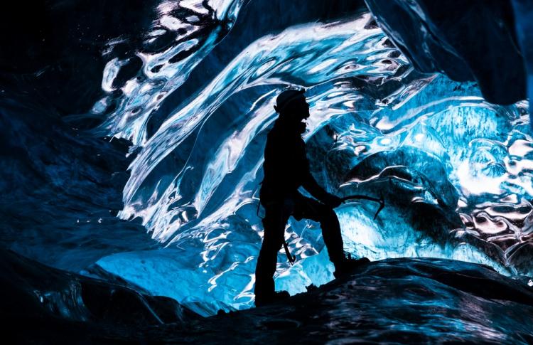 В Зарядье построят ледяную пещеру со скульптурами