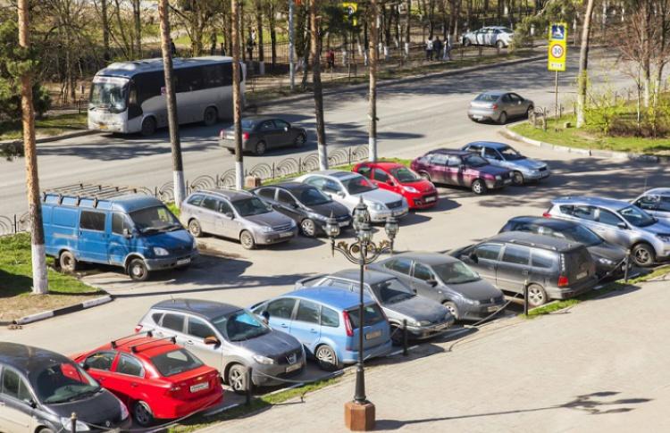 В Москве сузят ширину парковок