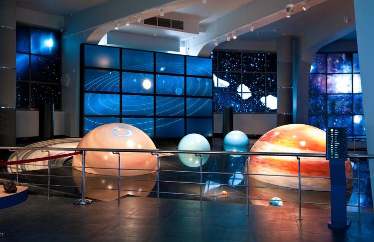 Каким будет Новый год в Планетарии?