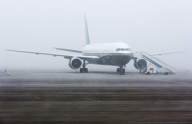 Десятки рейсов в аэропортах задержаны из-за тумана