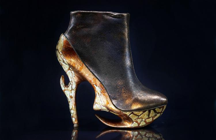 """""""Генезис"""". Выставка дизайнерской обуви"""