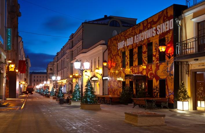 Столешников выбыл из десятки самых дорогих улиц мира