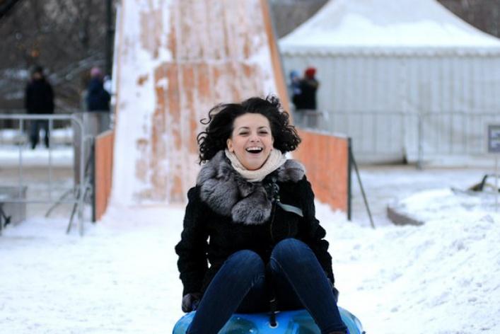 Открытие катков, концерт Гуфа и финальная часть «Голодных игр»: уикенд в Москве