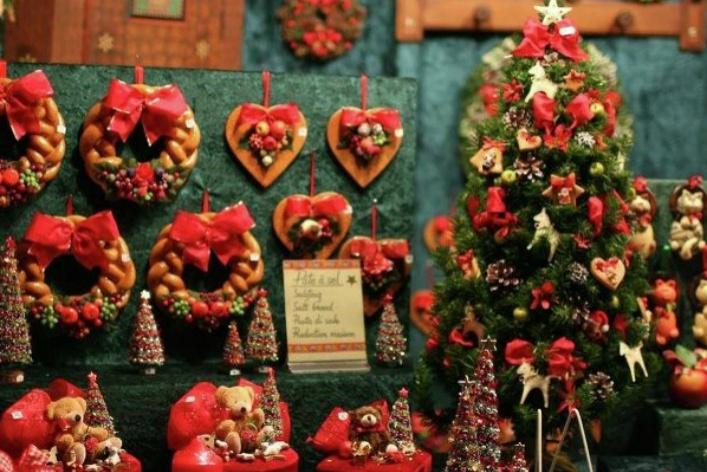 13 новогодних ярмарок