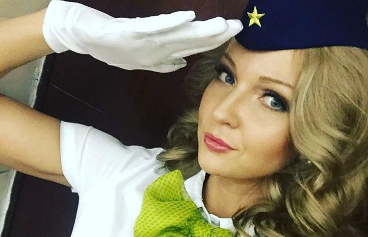 В Москве выбрали самую красивую стюардессу России