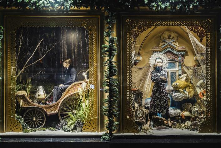 12 самых красивых новогодних витрин Москвы