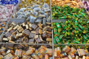 Как работает первый кондитерский супермаркет в Москве