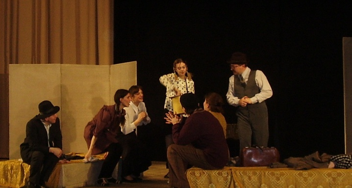 Еврейский театр Zay Gezunt