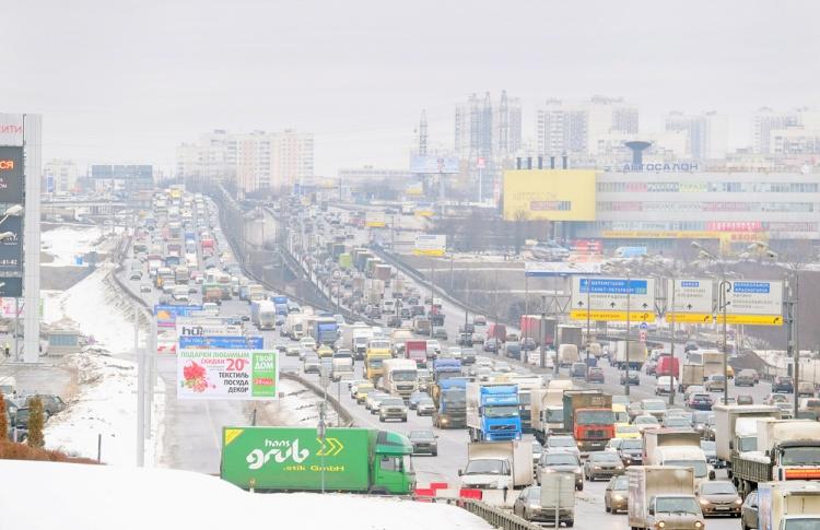 В Москве начались предновогодние пробки