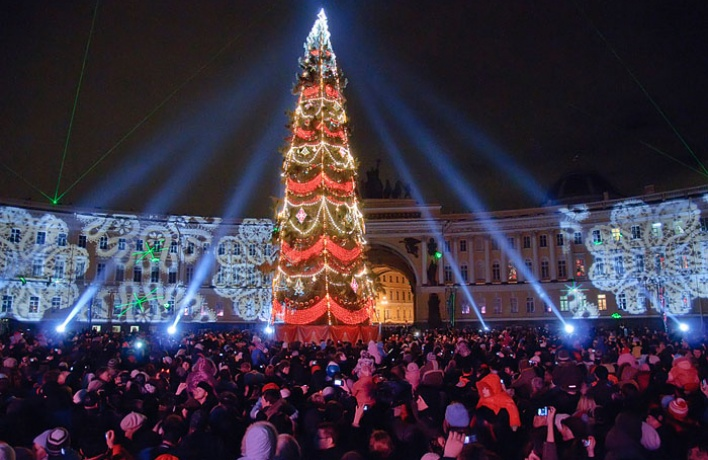 Новогодняя ночь на Дворцовой: что новенького?