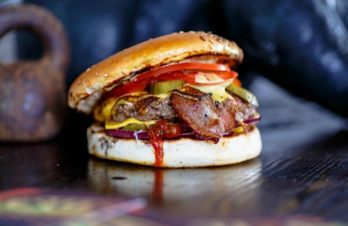 На Большой Дорогомиловской открылся True burgers
