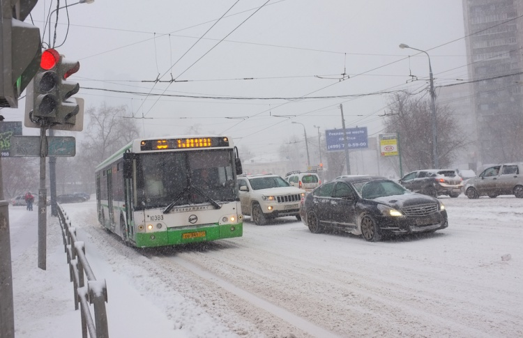 Вы можете решить, нужны ли водителям в Москве «снежные билеты»