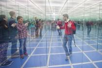 За стеклом: путешествие в Стеклянный лабиринт