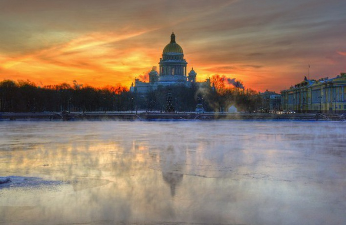The Telegraph внесла Петербург в список обязательных для посещения городов