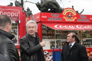 «Нельзя прикрываться бумажками»: реакция москвичей на высказывание Сергея Собянина о ларьках