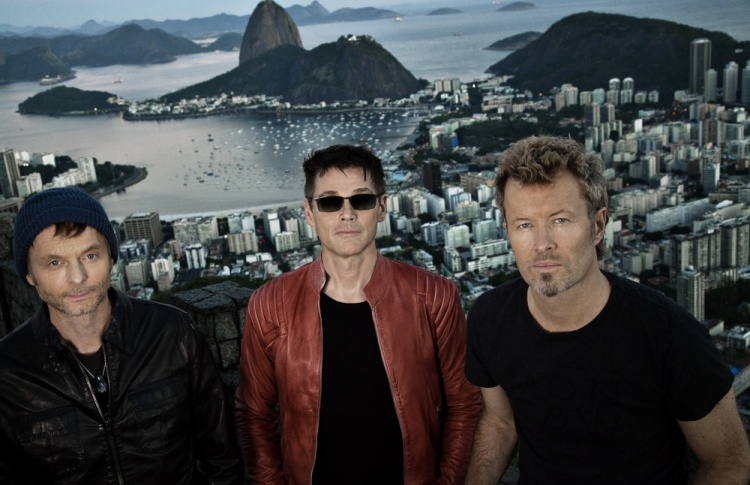 Cast in steel tour A-HA