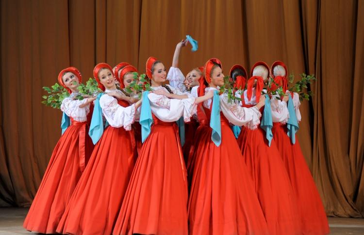 Выступление хореографического ансамбля «Березка»