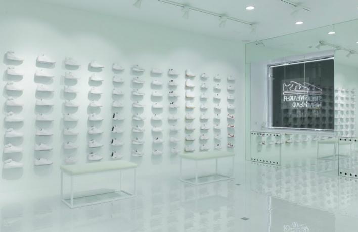 В Москве открывается первый женский магазин Sneakerhead