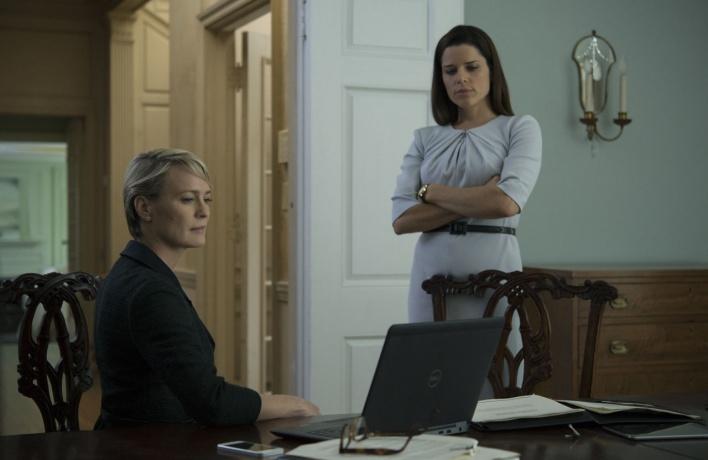 Клэр наносит ответный удар: что нас ждет в четвертом сезоне «Карточного домика»