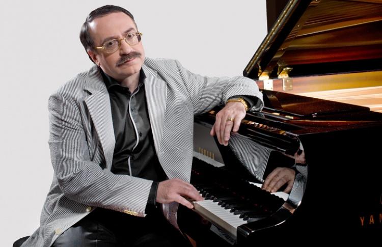 Пианист Даниил Крамер и его Трио