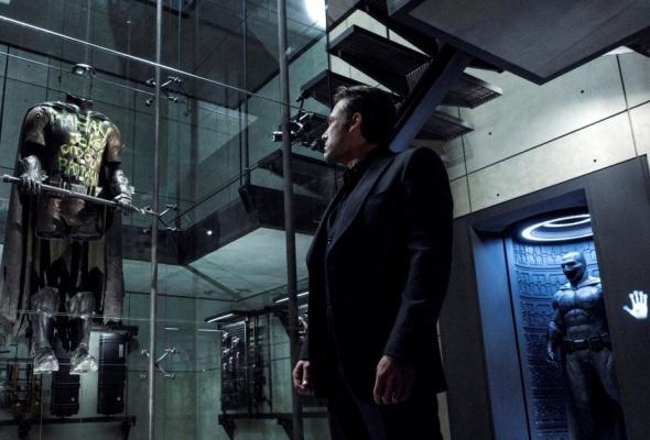 Бэтмен против Супермена - Фото №5