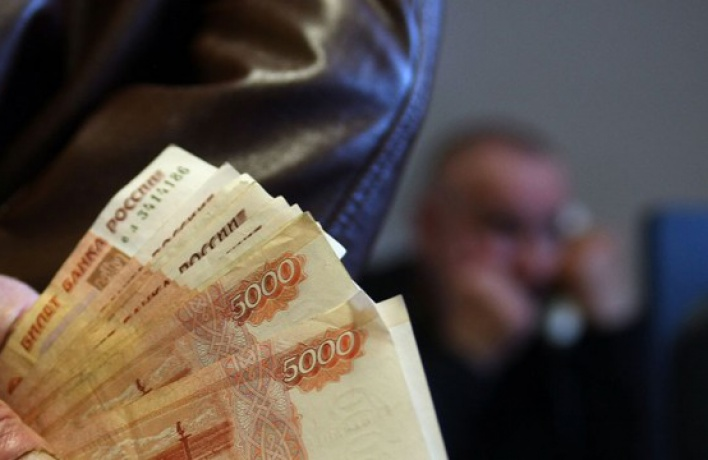Средний размер взятки в Москве за год увеличился вдвое