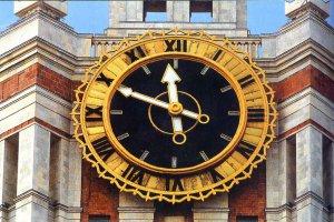 За точностью московских часов будут следить космические спутники