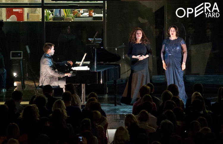 Cолисты Большого театра на «Красном Октябре»