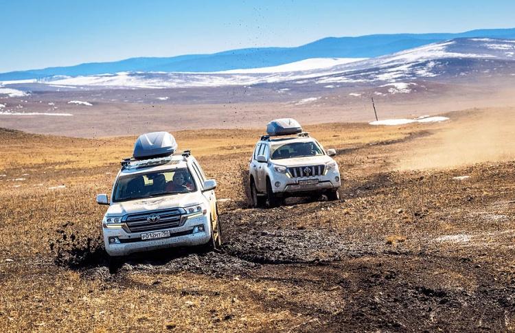 Внедорожники Toyota пройдут испытание высочайшей вершиной мира