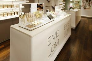 В Москве появилась косметическая марка Eve Lom