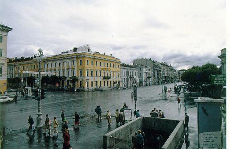 Изменения в графике работы выхода со станции «Невский проспект» на Михайловскую улицу