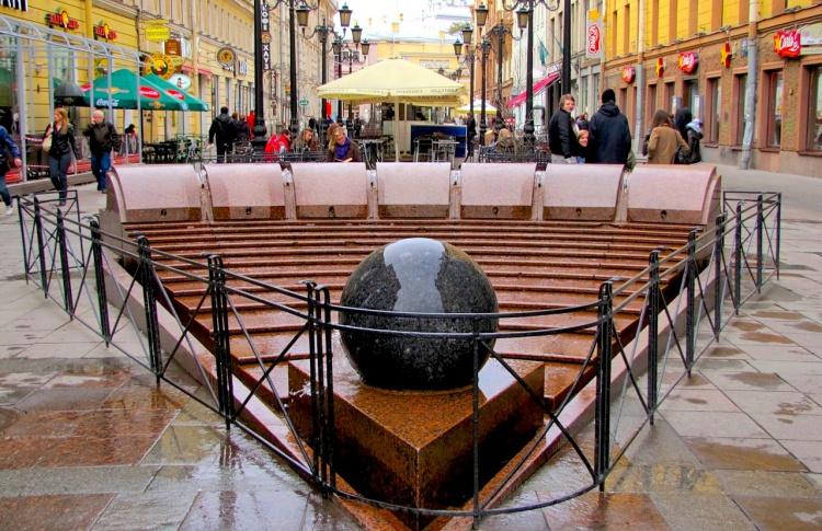 Когда включат фонтаны в Петербурге и ближайших пригородах?