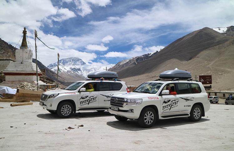Toyota EverTest: уникальная экспедиция добралась до подножия Эвереста