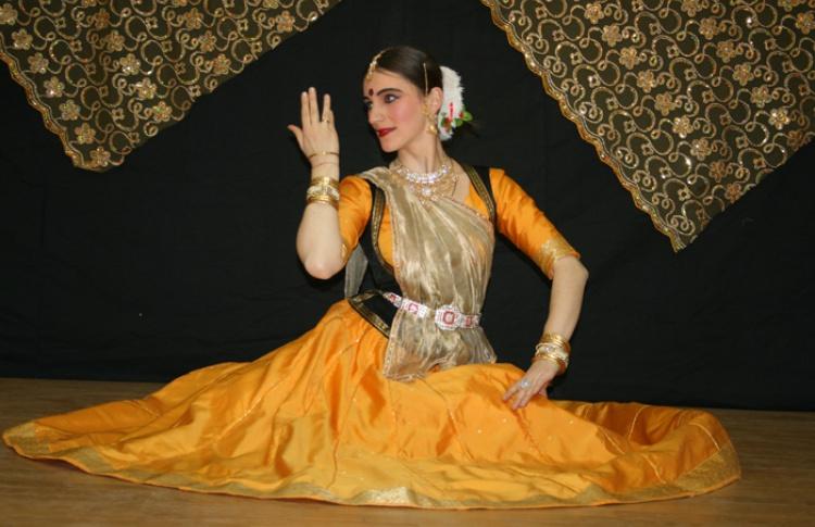 Фонд изучения культурного наследия Индии «Нритья сабха»