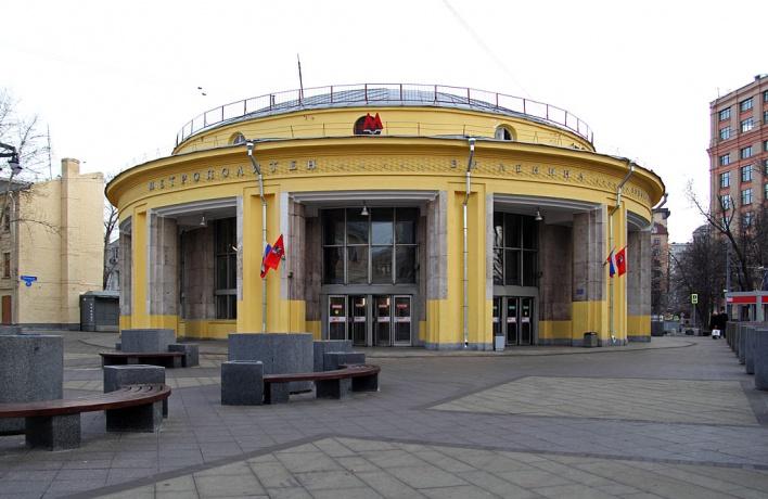 Какие станции метро закрыты по утрам