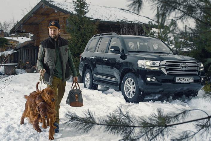 Toyota выпустила новую эксклюзивную коллекцию одежды и аксессуаров для настоящих мужчин