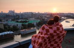 5 московских крыш, на которых можно танцевать, слушать джаз и заниматься йогой