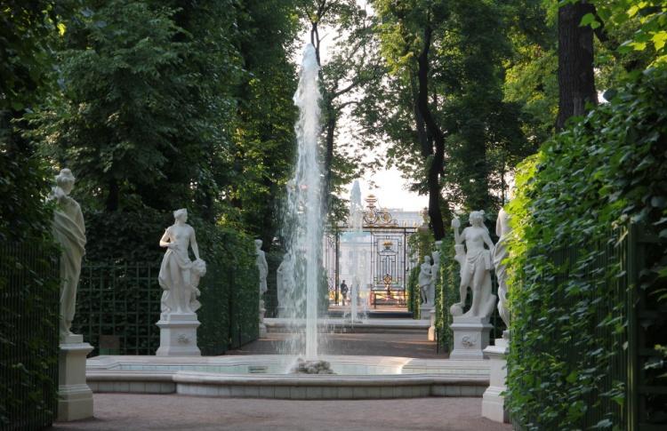 Открытие фонтанов в Летнем саду
